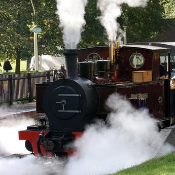 Be%20a%20Steam%20Train%20Driver%20with%20ZSL%20Whipsnade%20Zoo