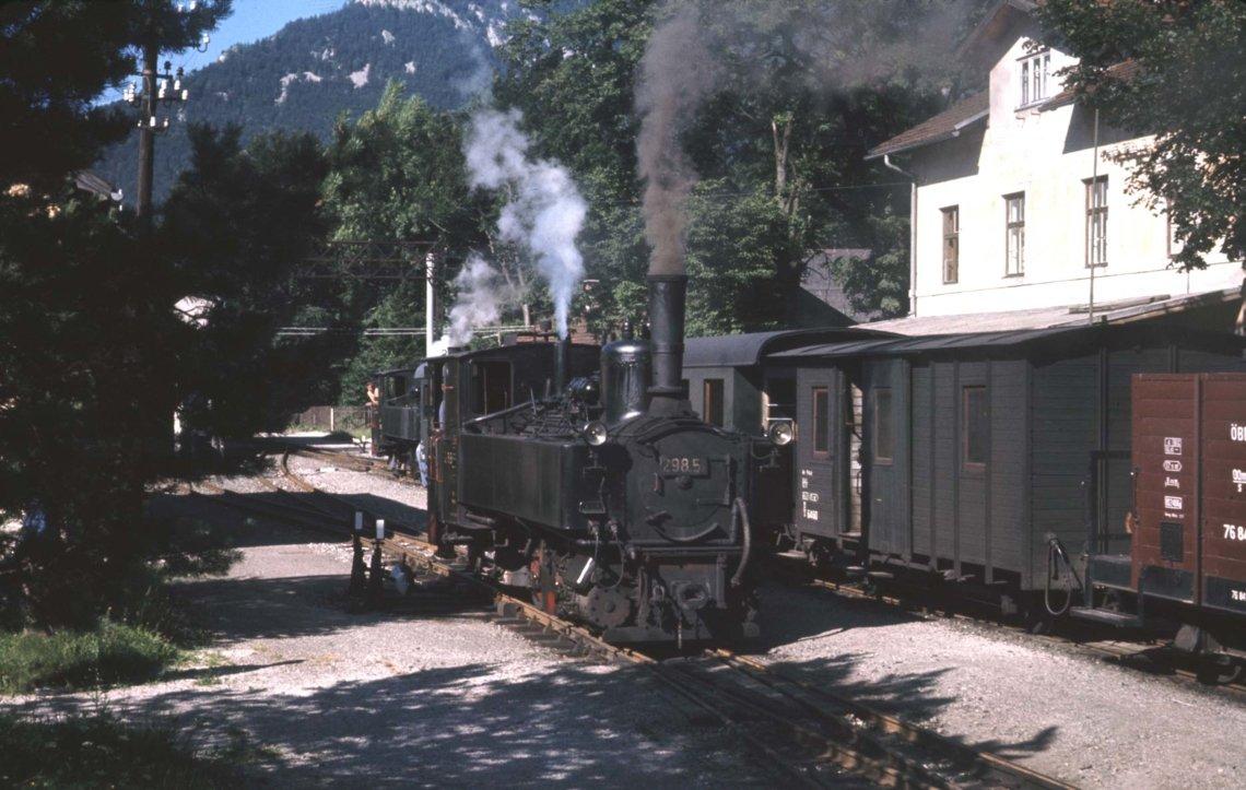 Molln station