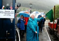 The first passenger train for 72 years !