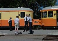 Railcar crew at Almunge